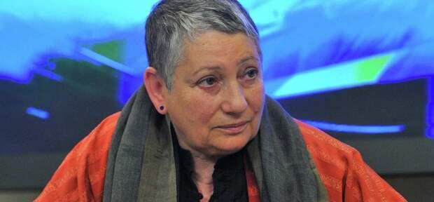 Писательница Улицкая: Россияне слишком свободно и хорошо живут, чтобы бунтовать