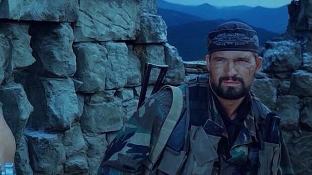 Кадр из сериала «Грозовые ворота» Одна из крупных ролей актера в его карьере