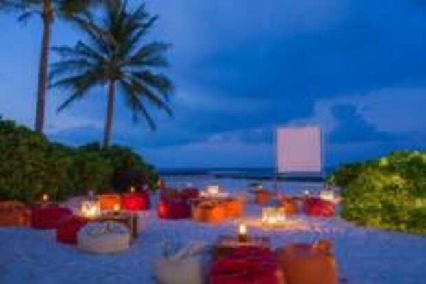 Kuramathi Maldives. Соблюдаем дистанцию!