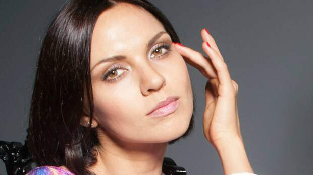 Экс-солистка «Блестящих» Надя Ручка рассказала о проблемах Анны Семенович из-за большой груди