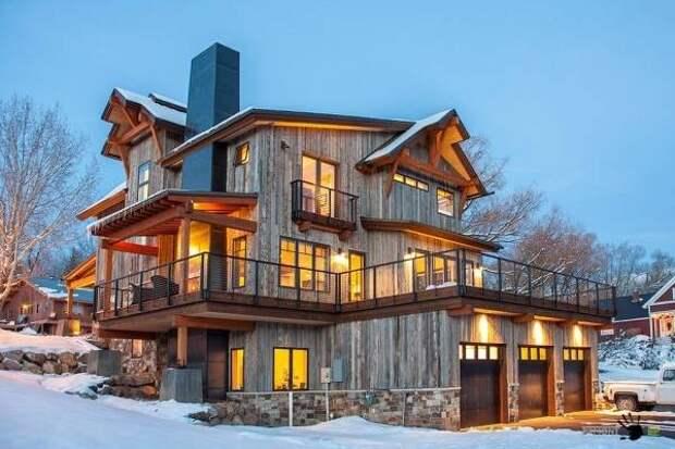 Красивые фасады домов - фото загородного дома