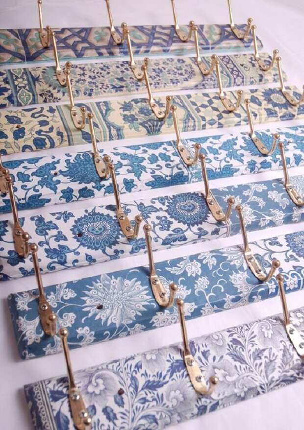 Не спешите выбрасывать старые вещи… Возьмите клей ПВА, салфетки, лак и сотворите красоту!