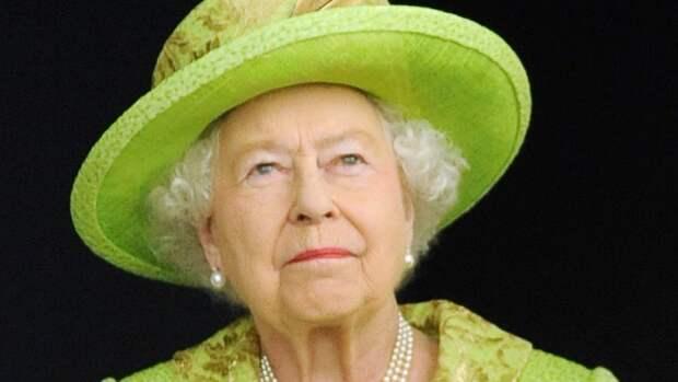 Королева Елизавета II первой поздравила жену принца Гарри с юбилеем