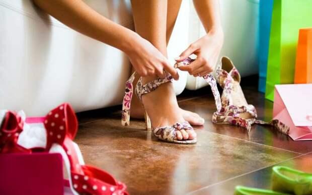 Как правильно чистить обувь...