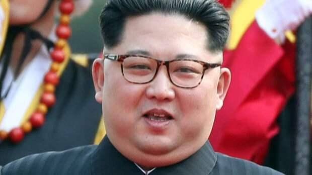 Глава КНДР жестом оценил вероятность ядерной войны с США