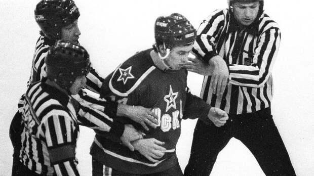 Сломал челюсть хулигану сдвух ударов. Как хоккеист Могильный устроил «самосуд» вигре чемпионата СССР