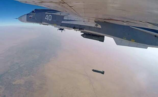 Российские самолеты лишили сирийских боевиков связи со своими покровителями
