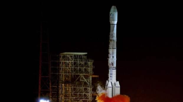 Старт китайской ракеты-носителя