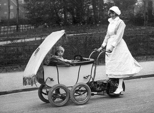 Моторизованая детская коляска. Лондон. Великобритания. 1922г. Весь Мир, история, фотографии