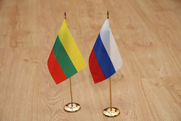 Литовец рассказал, почему у него на Родине так ненавидят Россию