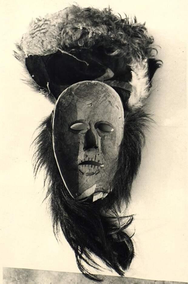 Русские маски для колядований и народных гуляний.