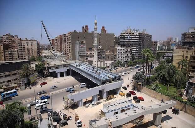 ВЕгипте строят скоростную эстакаду в50см отжилых домов