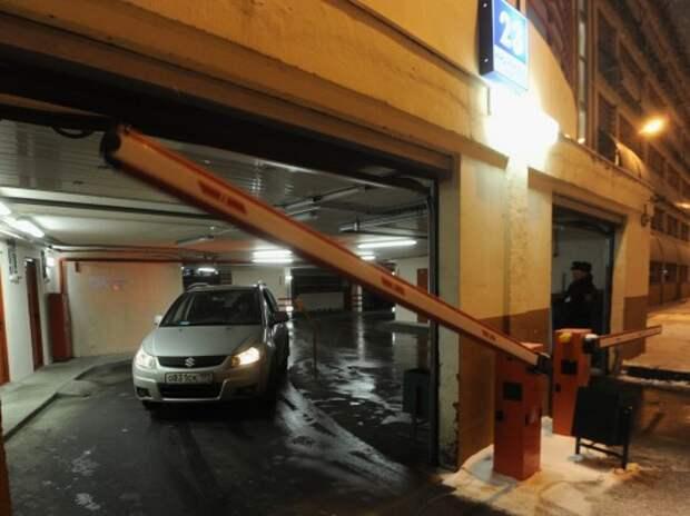 Москва выставила на аукцион 700 гаражей