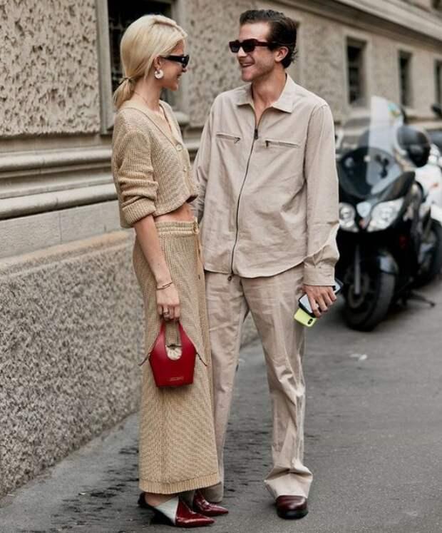 Co-ord в мужской и женской одежде. Фото: whowhatwear.com