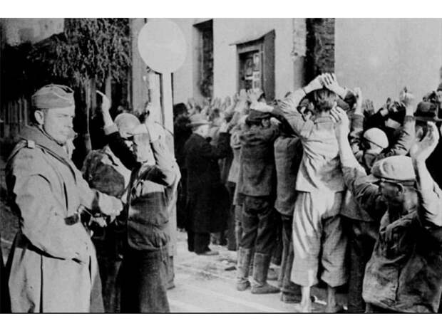 США разыгрывают карту антисемитизма довоенной Польши