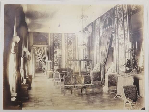 Строгановский дворец. Арабесковая гостиная