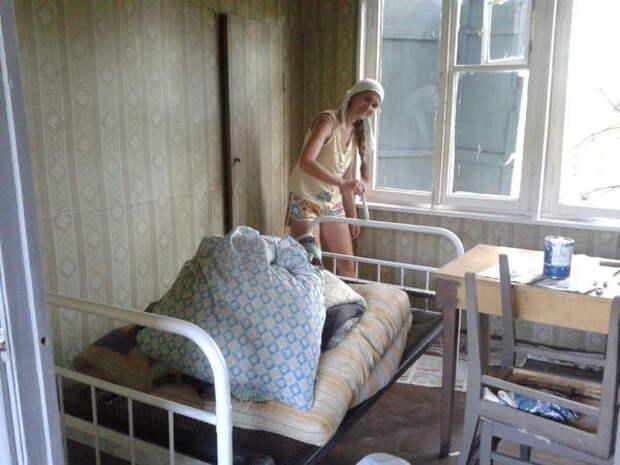 покраска кровати
