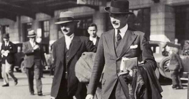 Почему со второй половины 20 века мужчины массово перестали носить шляпы