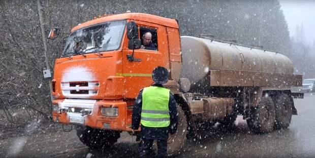 Для въезда и выезда из Воткинска оставили только два КПП