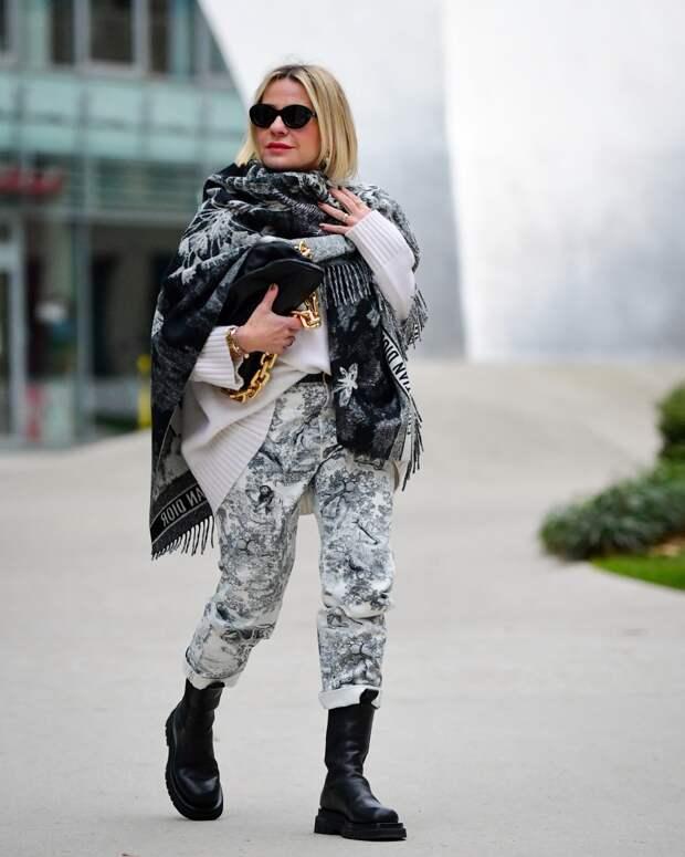 Городской стиль весны 2021 для женщин 40-50 лет: 15 модных образов