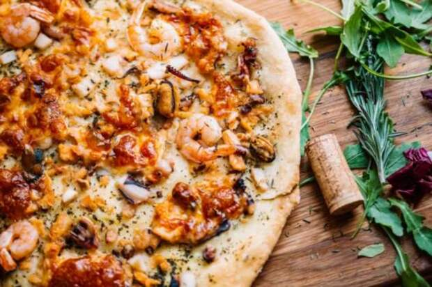 Действенный способ приготовить пиццу с помощью цветочного горшка