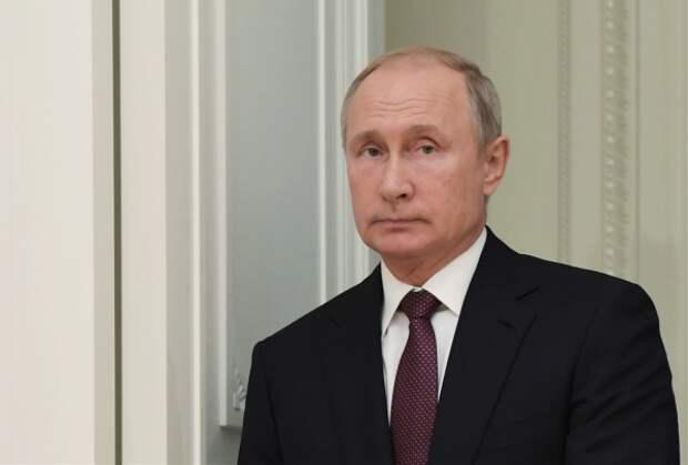 Путин вместе с Ас-Сиси почтили память погибших в Керчи (ВИДЕО)