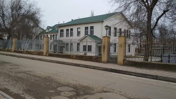 В Темрюке три отделения ЦРБ закрыли на карантин из-за коронавируса