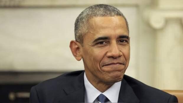 WT: В лазерном шоу на Пушкинской «убийцу» Обаму пригласили в Гаагу