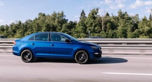 В Санкт-Петербурге продажи автомобилей выросли в 2,3 раза
