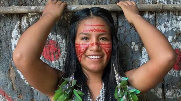 Пандемия не затронула: индианка из Бразилии показала жизнь своей общины