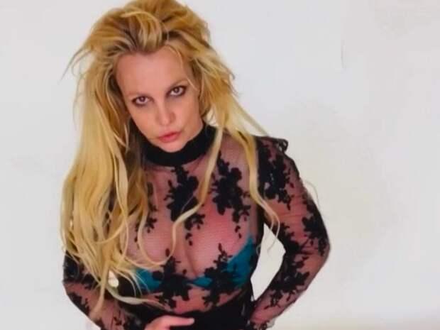 Бритни Спирс заподозрили во лжи по поводу опеки