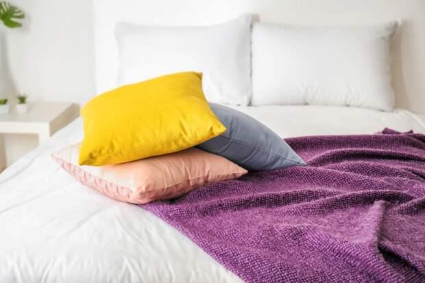 Как стирать перьевые подушки в домашних условиях