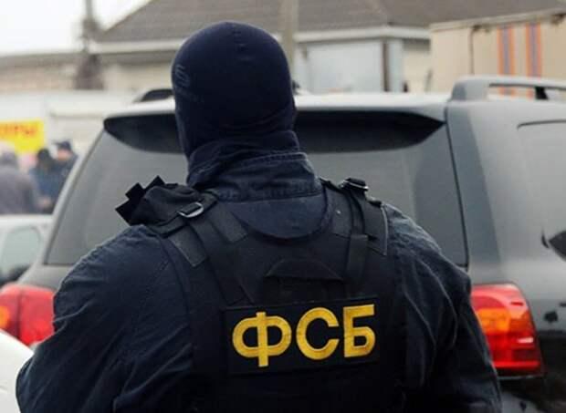 Террорист-смертник ранил 6 силовиков у здания ФСБ в Карачаево-Черкесии