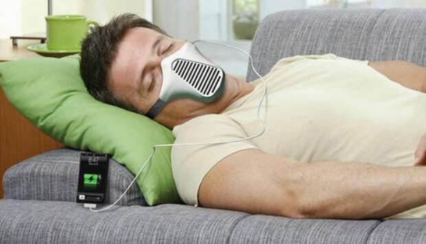 Универсальная зарядка для гаджетов работающая от дыхания