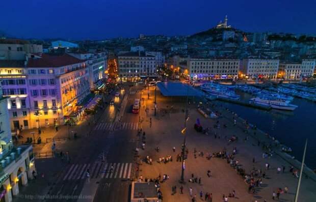 Прогулка по вечернему Марселю (19 фото)