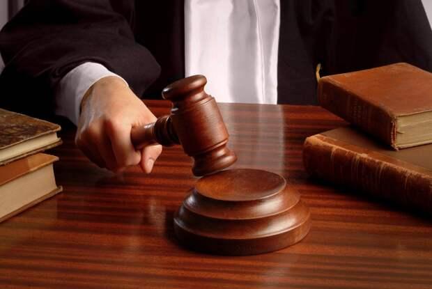 Российский инженер подал в суд на Apple, Samsung и Huawei