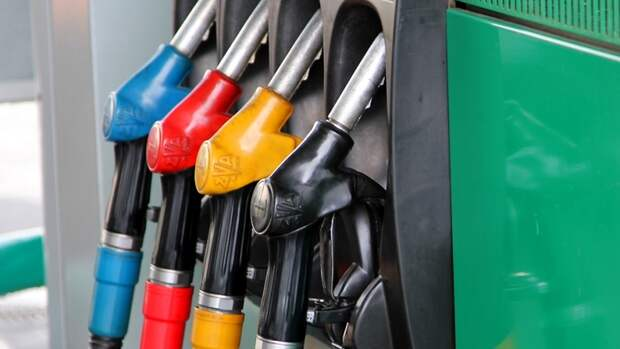 Российский бензин вновь пришел наукраинский рынок