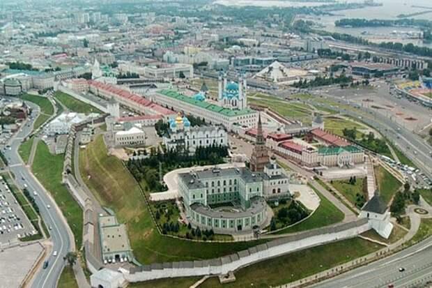 Сегодня татарстанских авиаторов проинформировали о том, что на время Кубка Конфедераций вокруг Казани вводится запрет полетов в 30-километровой зоне и ограничение полетов в 100-километровой зоне