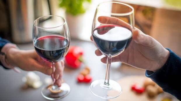 7 полезных свойств красного вина для организма