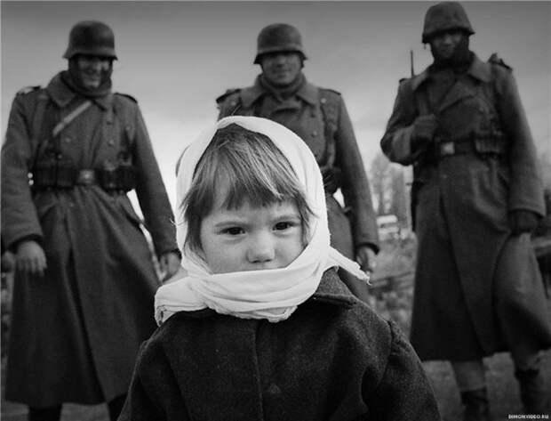Знакомьтесь, очередной мальчик Коля из Уренгоя. Никакого геноцида не было. 20 миллионов трупов мирного населения - это нормально, это война.
