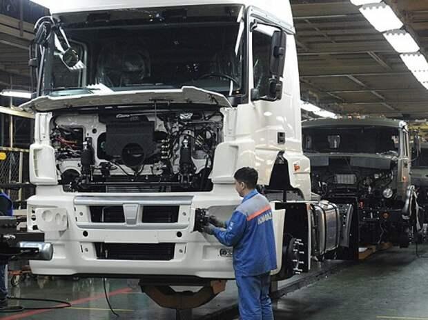 Минпромторг смягчил требования к сертификации грузовиков и автобусов