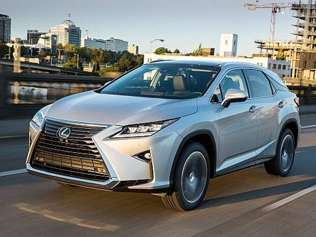 Третья линия фронта: Lexus RX пригласит на галерку