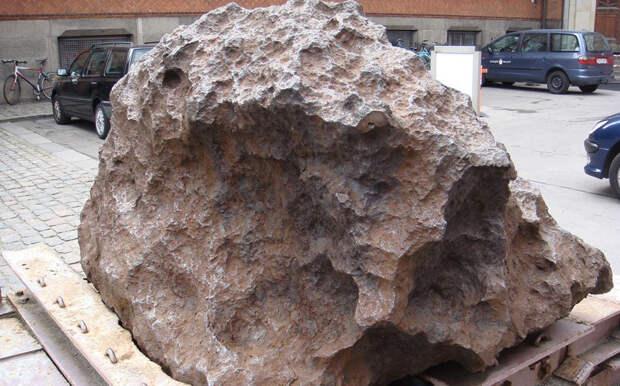 Крупнейшие метеориты, которые нашли в виде камней на Земле