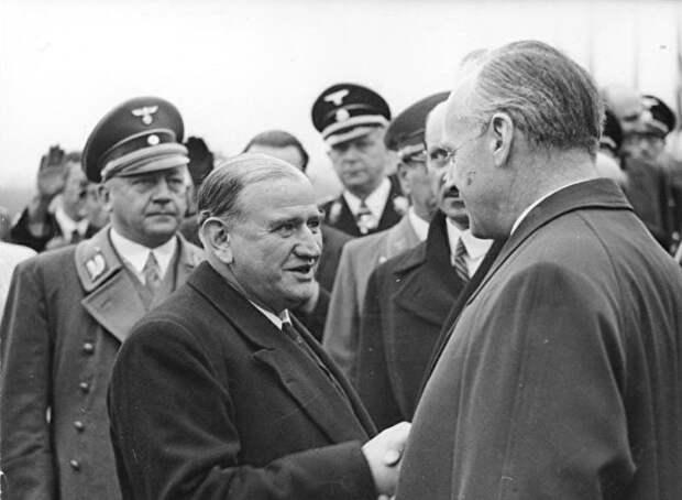 Премьер-министр Франции Эдуард Даладье и Риббентроп. 1938 год