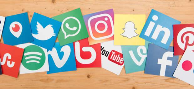 Президент РФ Путин создал большие проблемы Twitter, Facebook и YouTube
