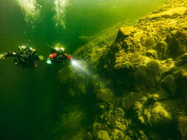 Как команда Жака Ива Кусто исследовала Телецкое озеро, и что пошло не так