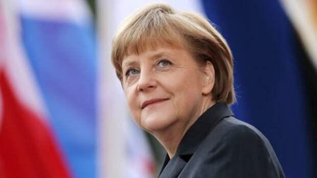 Меркель призывает к миру