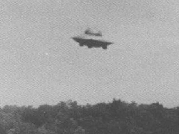 Настоящие фотографии НЛО, которые остаются загадкой