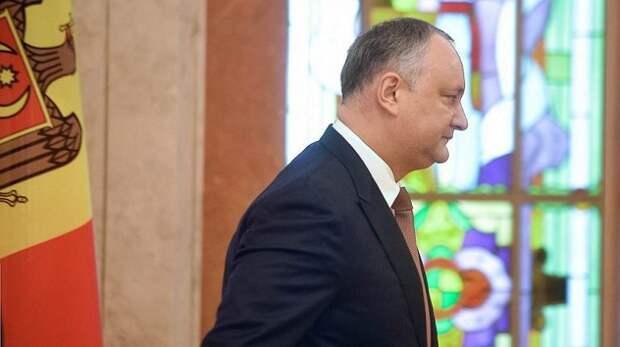 Названы три причины поражения Додона на выборах в Молдавии