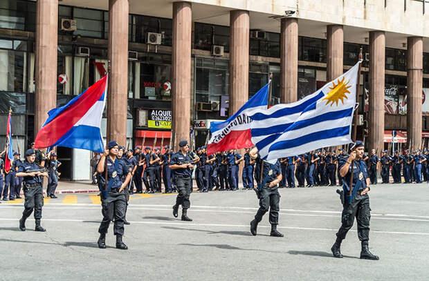 Уругвай — наименее коррумпированная страна Латинской Америки в мире, закон, люди, правила, уругвай, факты